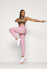 Nike Performance - ONE LUXE - Tights - desert berry - 1