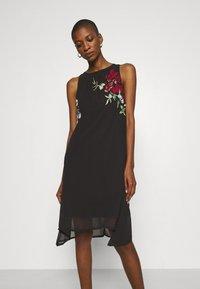 Desigual - VEST ROMA - Cocktail dress / Party dress - black - 0