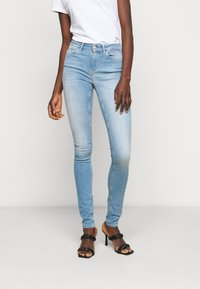 ONLY Tall - ONLBLUSH LIFE MID - Jeans Skinny Fit - light blue denim - 0