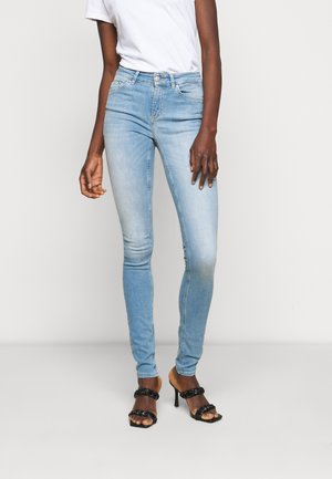 ONLBLUSH LIFE MID - Jeans Skinny Fit - light blue denim