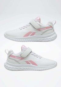 Reebok - REEBOK RUSH RUNNER 3 SHOES - Minimalist running shoes - white - 7