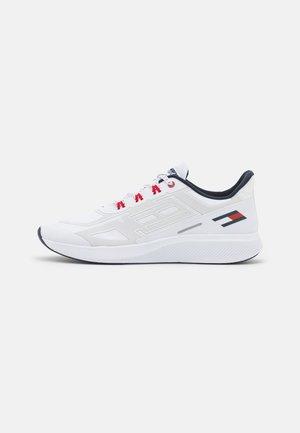 TS PRO 2 - Gym- & träningskor - white