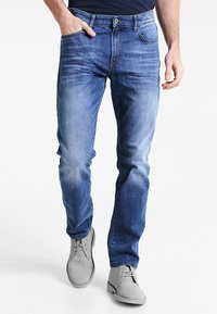 Pier One - Relaxed fit jeans - mid blue - 0