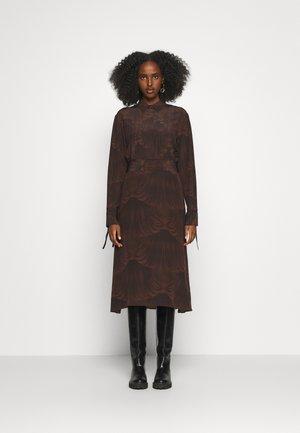 DRIANA - Shirt dress - artwork