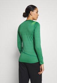La Sportiva - DASH LONG SLEEVE - Sports shirt - grass green - 2