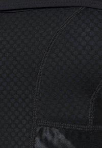 Nike Performance - ALPHA BRA - Sport-BH med mycket stöd - black/dk smoke grey - 5