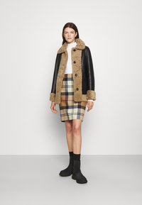 STUDIO ID - OLIVIA CONTRAST FRONT JACKET - Winter jacket - black/cream - 1