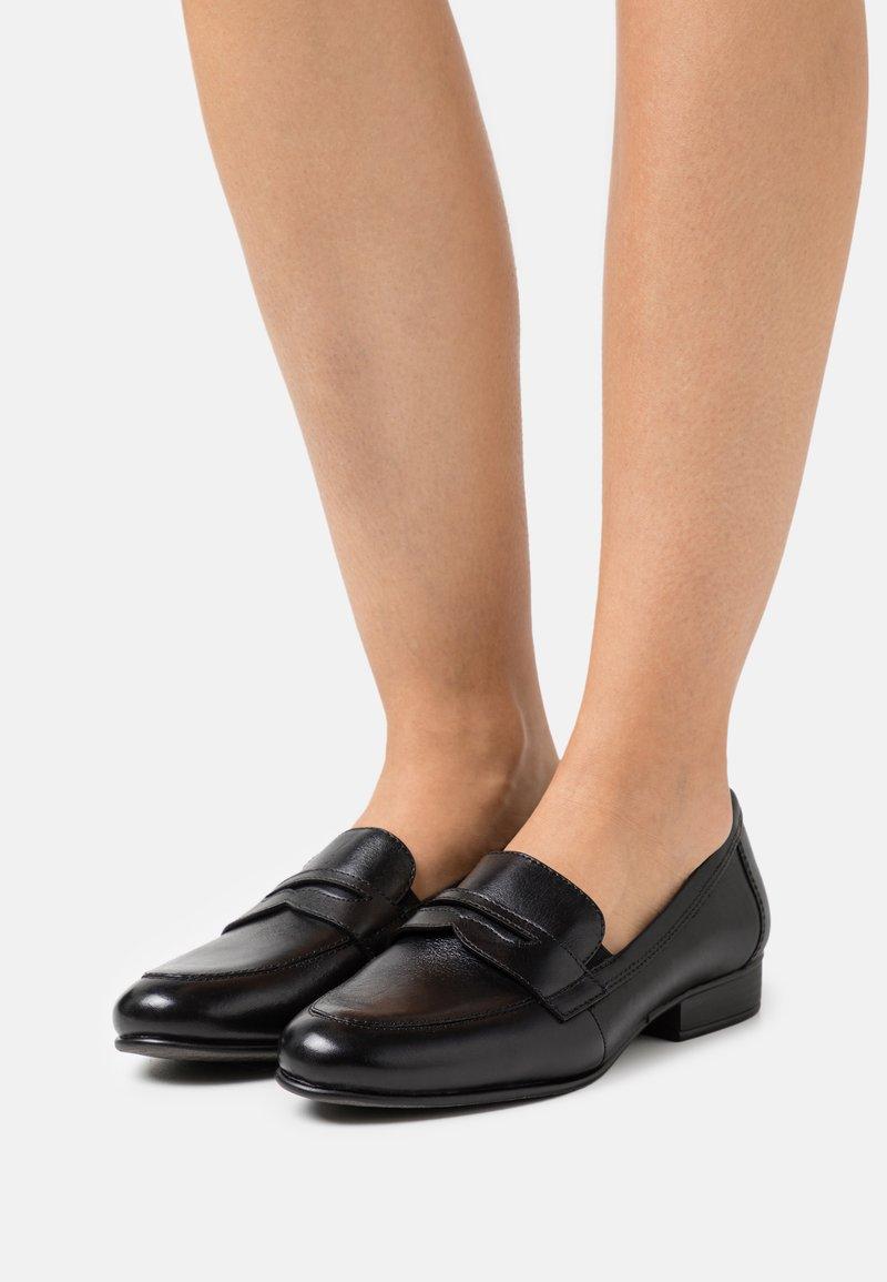 Tamaris - Slippers - black