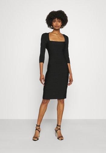 SQUARE 3/4 SLEEVE ICON DRESS - Pouzdrové šaty - black
