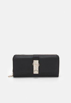 ALBURY - Wallet - black
