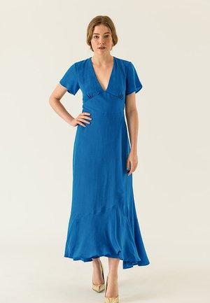Vestido largo - princess blue
