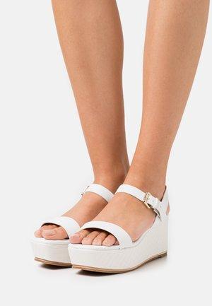 ELOINIEL - Platform sandals - white