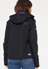 Superdry - Veste légère - black/violet - 1
