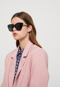 Michael Kors - PALOMA I - Sunglasses - black - 1