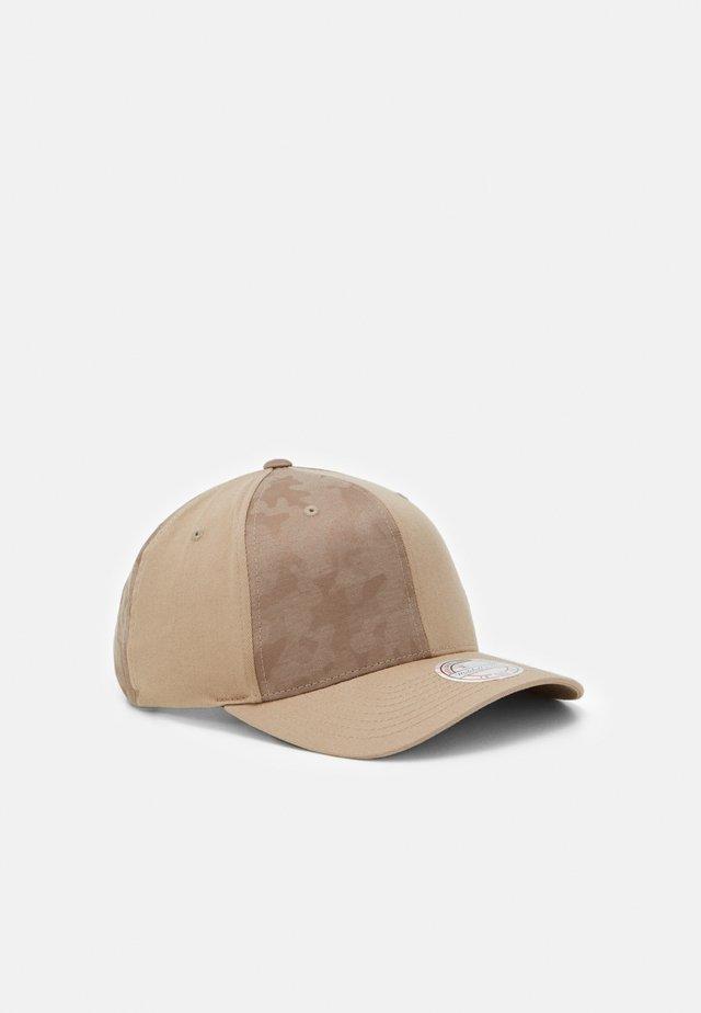 REVOLVE - Cappellino - khaki