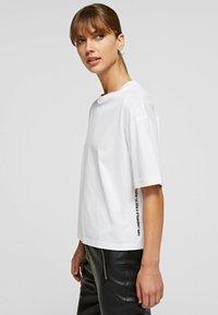 KARL LAGERFELD - Basic T-shirt - white - 3
