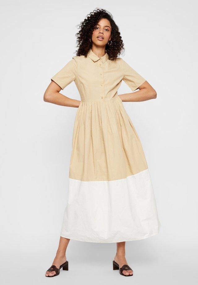 YAS PRÄRIEKLEID PUFFÄRMEL - Shirt dress - pebble