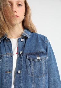 Missguided Tall - Denim jacket - vintage blue - 3