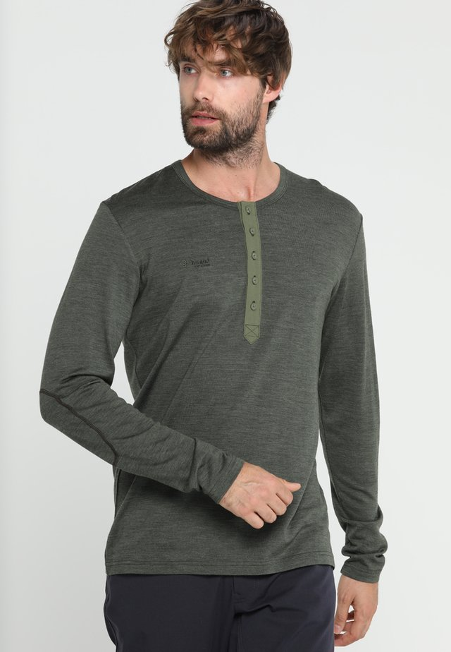 HENLEY  - Sports shirt - seaweed melange