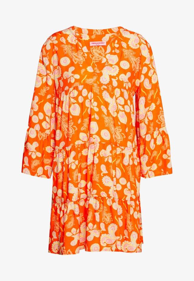 DRESS - Vestito estivo - carrot