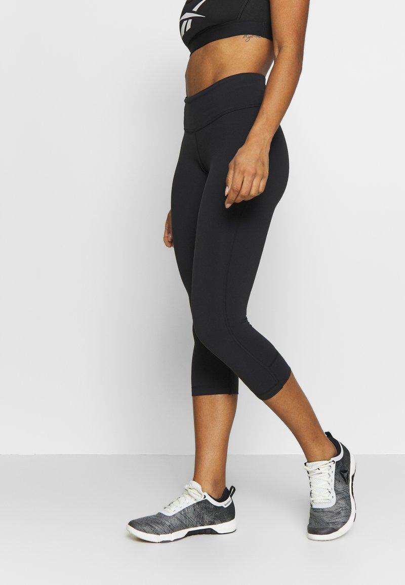 Reebok - LUX 3/4 - 3/4 sports trousers - black