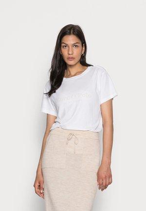 SHORT SLEEVE ROUND NECK PLACED PRINT - Print T-shirt - white