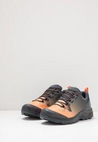 Salomon - VAYA GTX - Hiking shoes - ebony/cantaloupe/black - 2