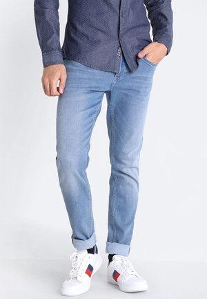 MIT 5 TASCHEN - Slim fit jeans - denim used