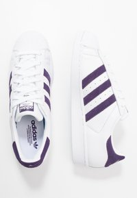 adidas Originals - SUPERSTAR - Sneakersy niskie - footwear white/legend purple - 1