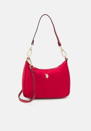 HOUSTON MINI HOBO - Across body bag - red