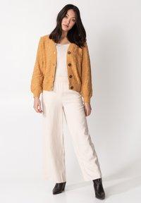 Indiska - LORELIE - Cardigan - yellow - 5