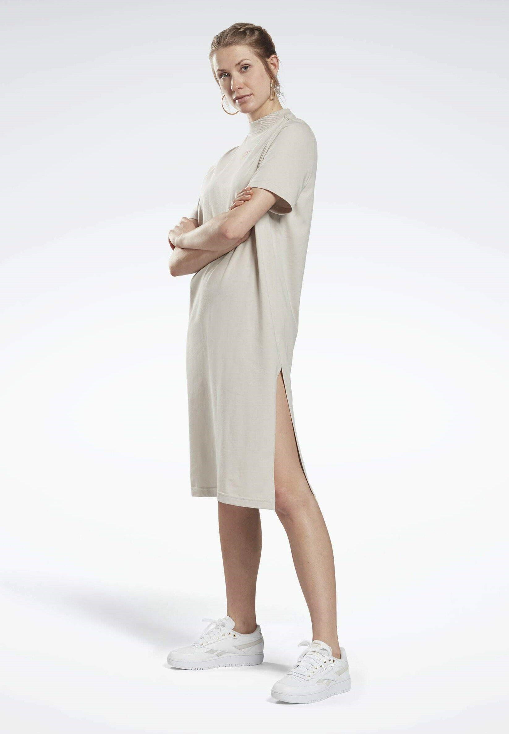 Women REEBOK CLASSICS LONG DRESS - Jersey dress