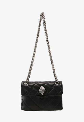 MINI KENSINGTON BAG - Taška spříčným popruhem - black