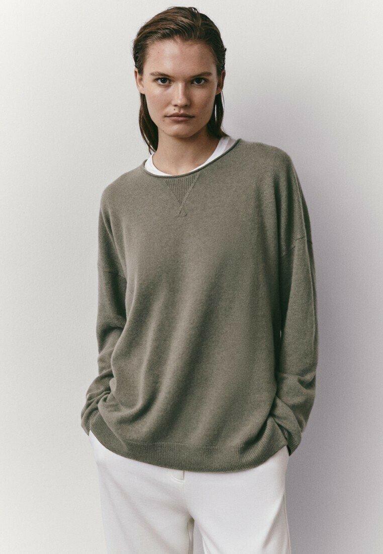 Massimo Dutti - MIT RUNDAUSSCHNITT  - Sweatshirt - green