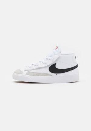 BLAZER MID '77 UNISEX - Høye joggesko - white/black/total orange