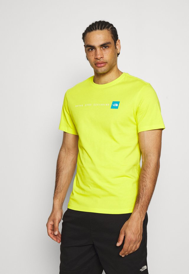NEVER STOP EXPLORING TEE - Print T-shirt - light green