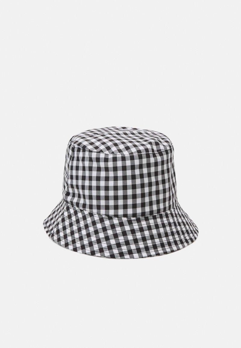 Pieces - PCLAYA BUCKET HAT - Hoed - bright white/black