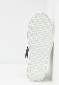 Levi's® - MULLET  - Vysoké tenisky - regular black - 6