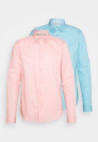 light blue / light pink