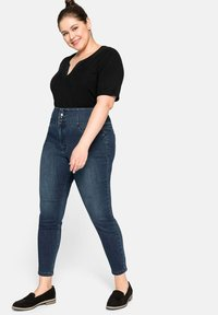 Sheego - Slim fit jeans - dark blue denim - 1