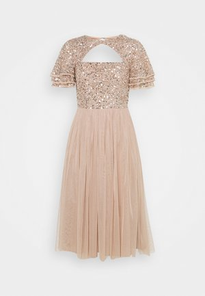 FLUTTER SLEEVE CUT OUT DELICATE SEQUIN MIDI - Cocktailklänning - taupe blush