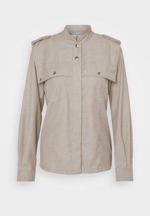 VIRAGZ  - Button-down blouse - walnut