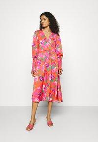 Cras - MILLACRAS DRESS - Paitamekko - pink - 0