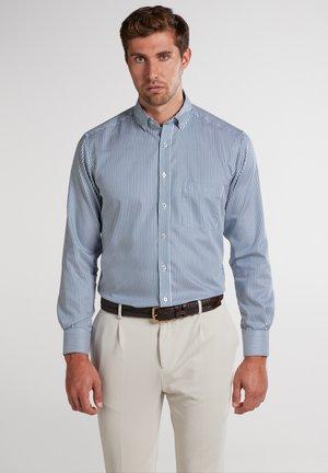 MODERN FIT - Formal shirt - grün/weiss