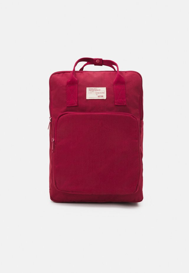 BACKPACK - Reppu - bright red
