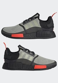 adidas Originals - NMD_R1 - Sneakers basse - halo green/core black/semi solar red - 7