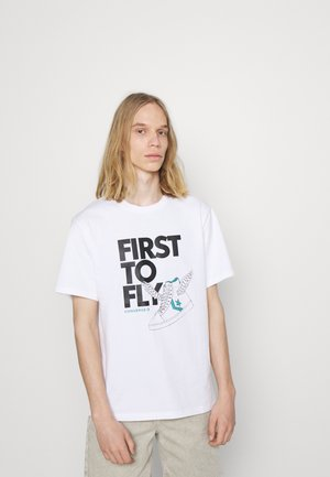 FIRST TO FLY TEE - Print T-shirt - white