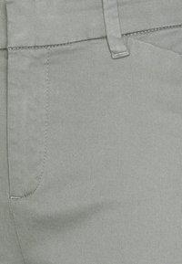 GAP - Chinos - vintage palm - 2
