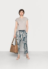 someday. - CHOLENA - Trousers - pacific - 1