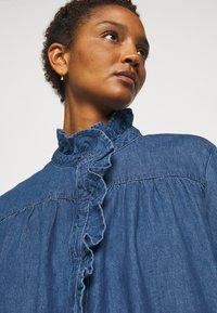 Claudie Pierlot - RAINEBIS - Denimové šaty - jean - 4